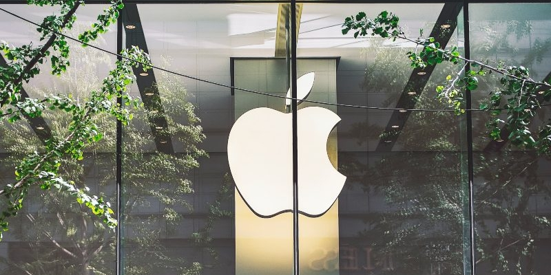 Apple's target of carbon-neutral manufacturing