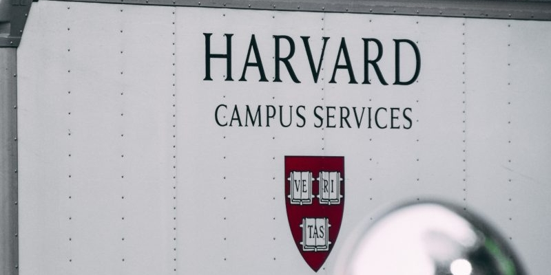 Is the rumors are true: Harvard costs only $50 000 if it's only online