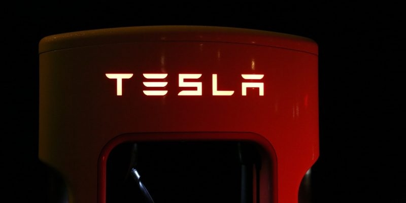 Things to know if you want to invest in Tesla
